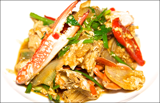 Crab-Curry-a-Speciality-in-Phuket